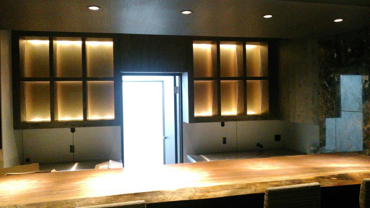 照明付飾り棚&カウンター